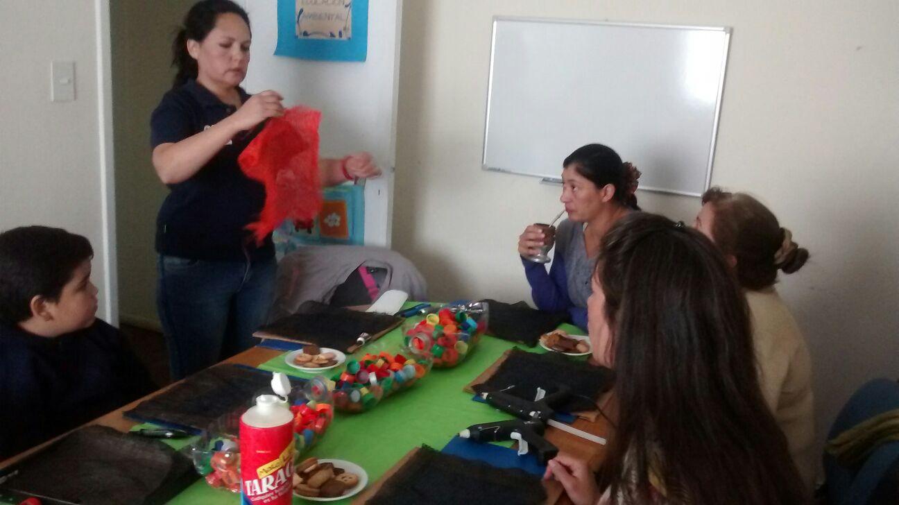 Ambiente desarrolla acciones de educación ambiental no formal para adultos en Comodoro Rivadavia