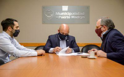 Provincia firmo convenio con Madryn para el uso de datos ambientales
